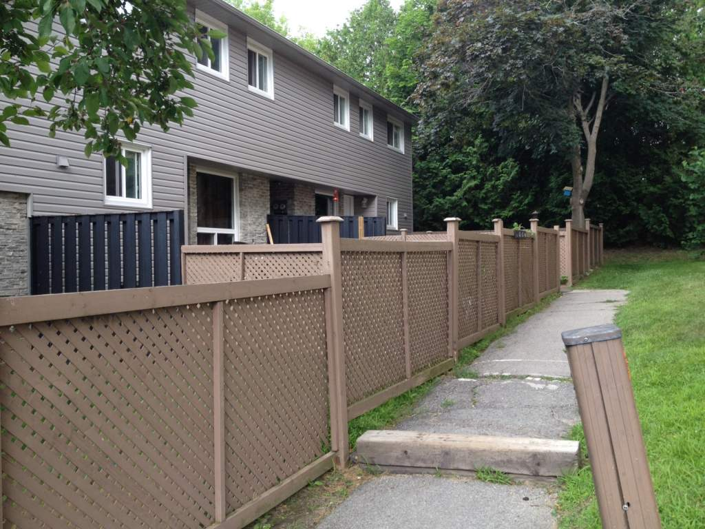 Peterborough Ontario Townhouse For Rent