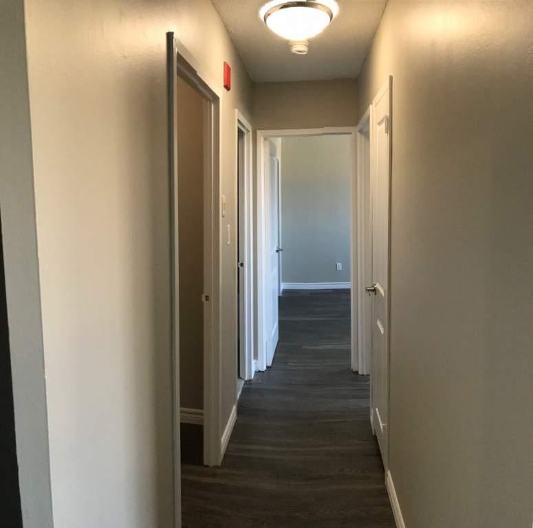 Northview Apartments: 551 & 553 Vanier Drive