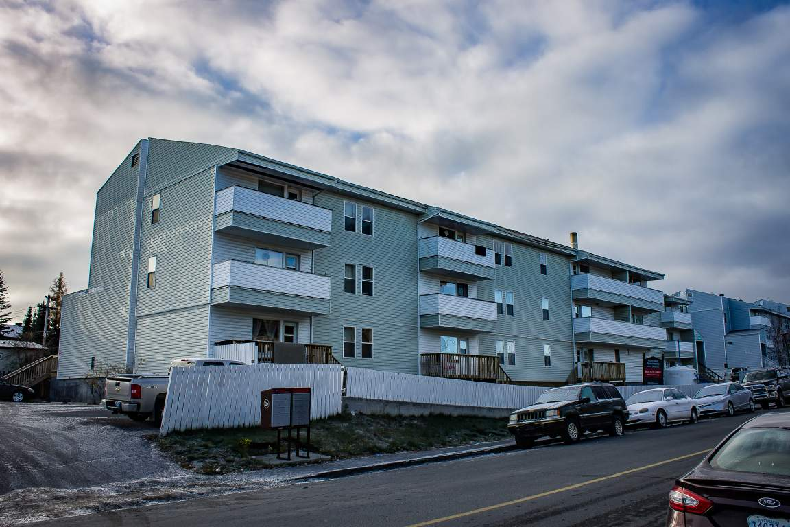 Rockridge Apartments | 4905 54th Ave | Yellowknife Apartments ...