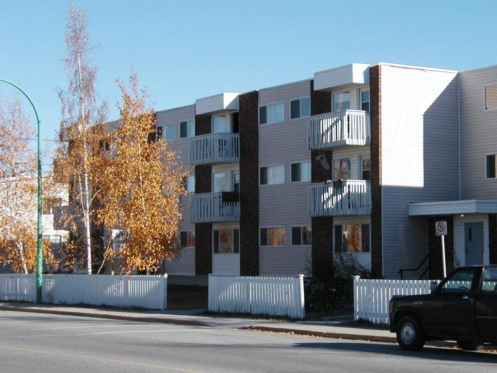 Yellowknife Northwest Territories Apartment for rent, click for details...
