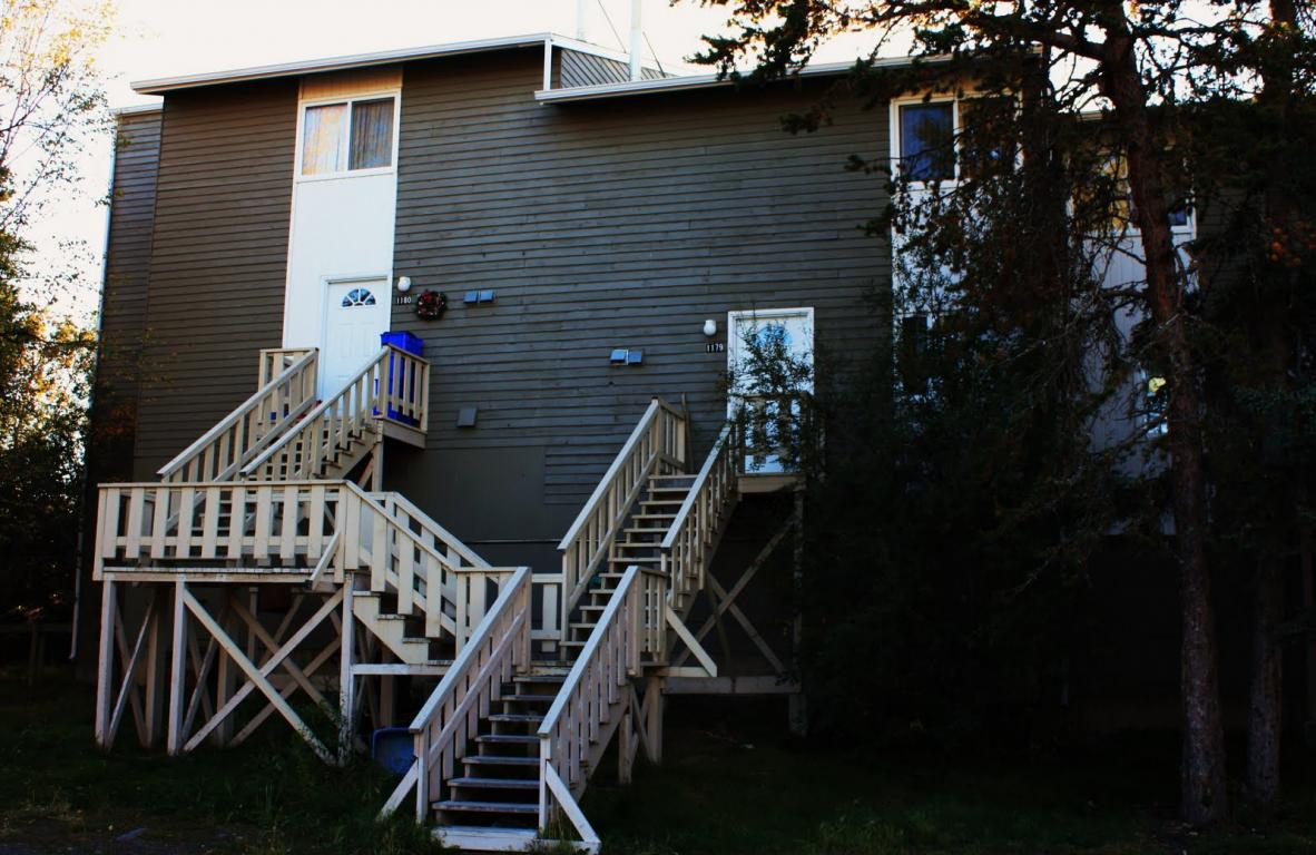Yellowknife 4 bedroom Apartment For Rent
