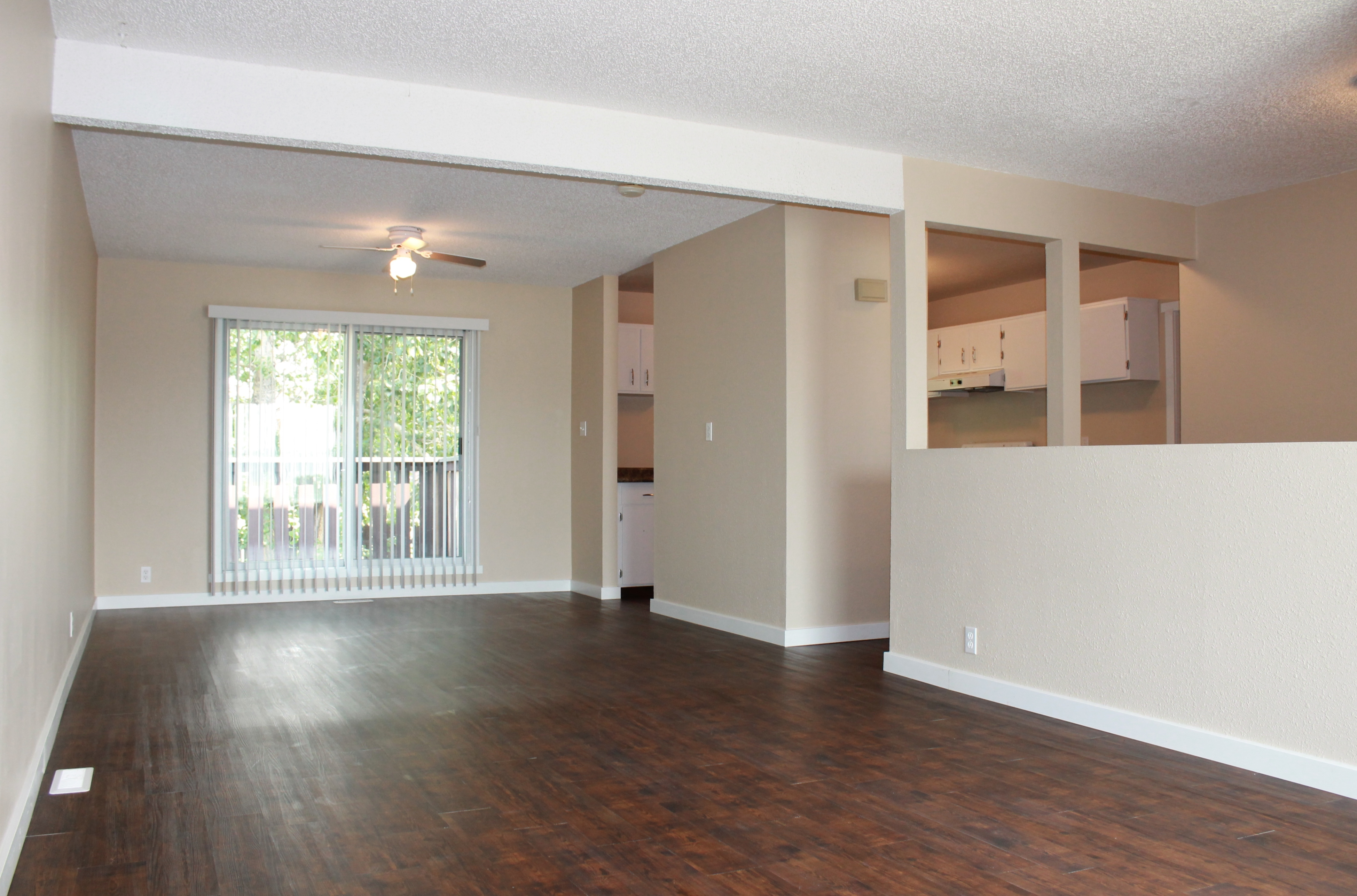 Loran Townhomes Dawson Creek Apartments