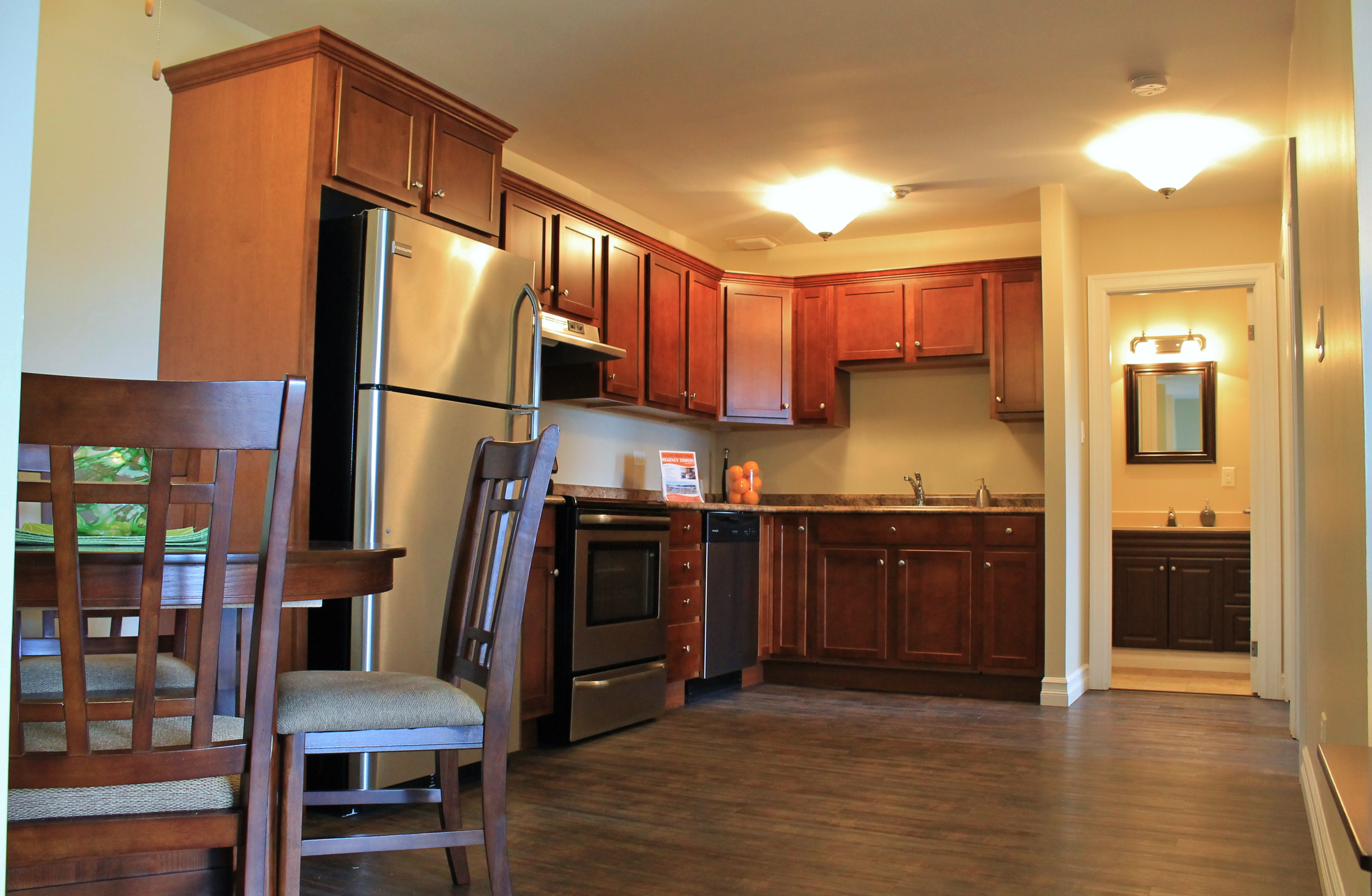 Bachelor Apartment St Catharines