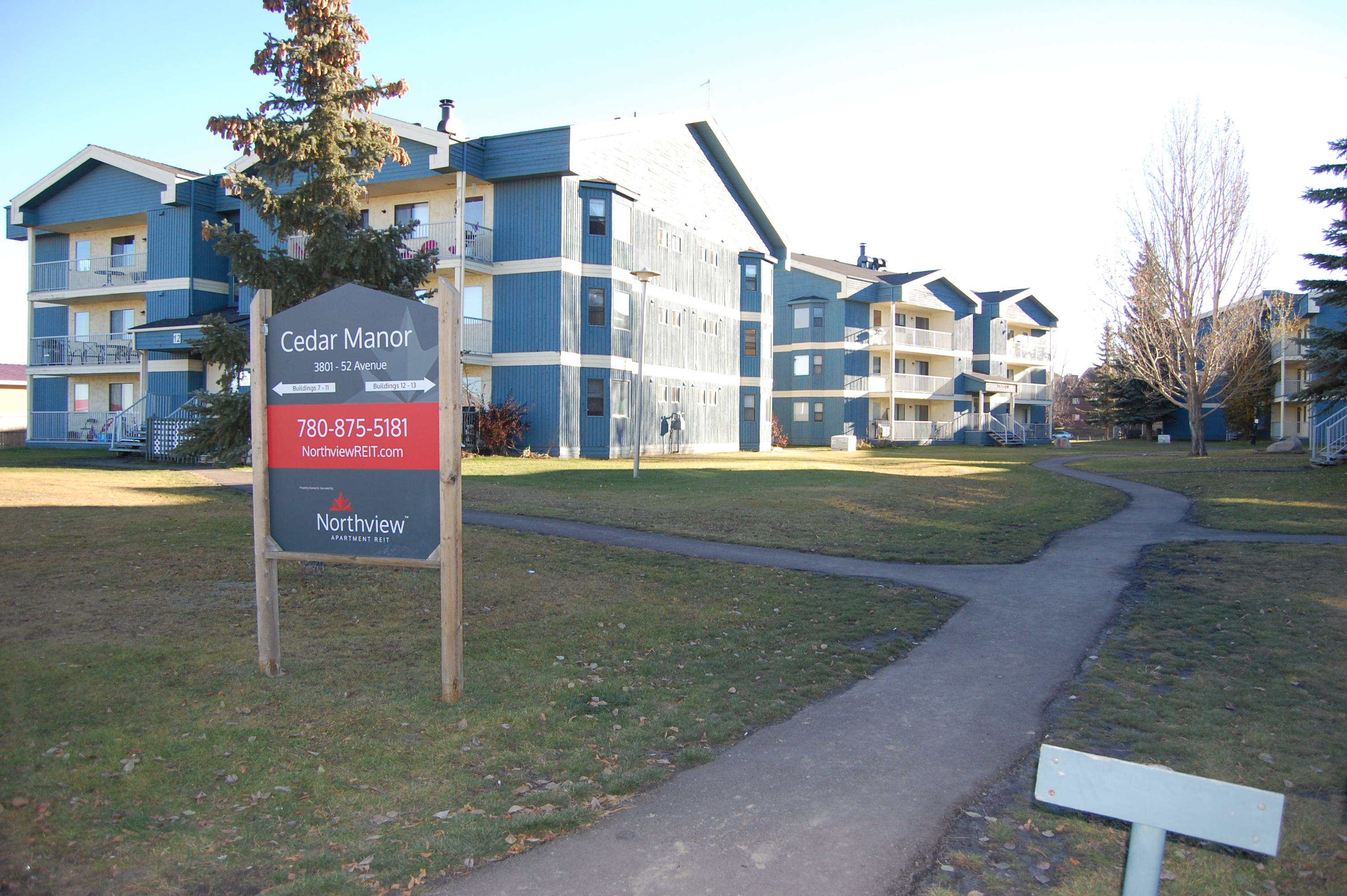 Cedar Manor | 3801 52nd Avenue | Lloydminster Apartments ...