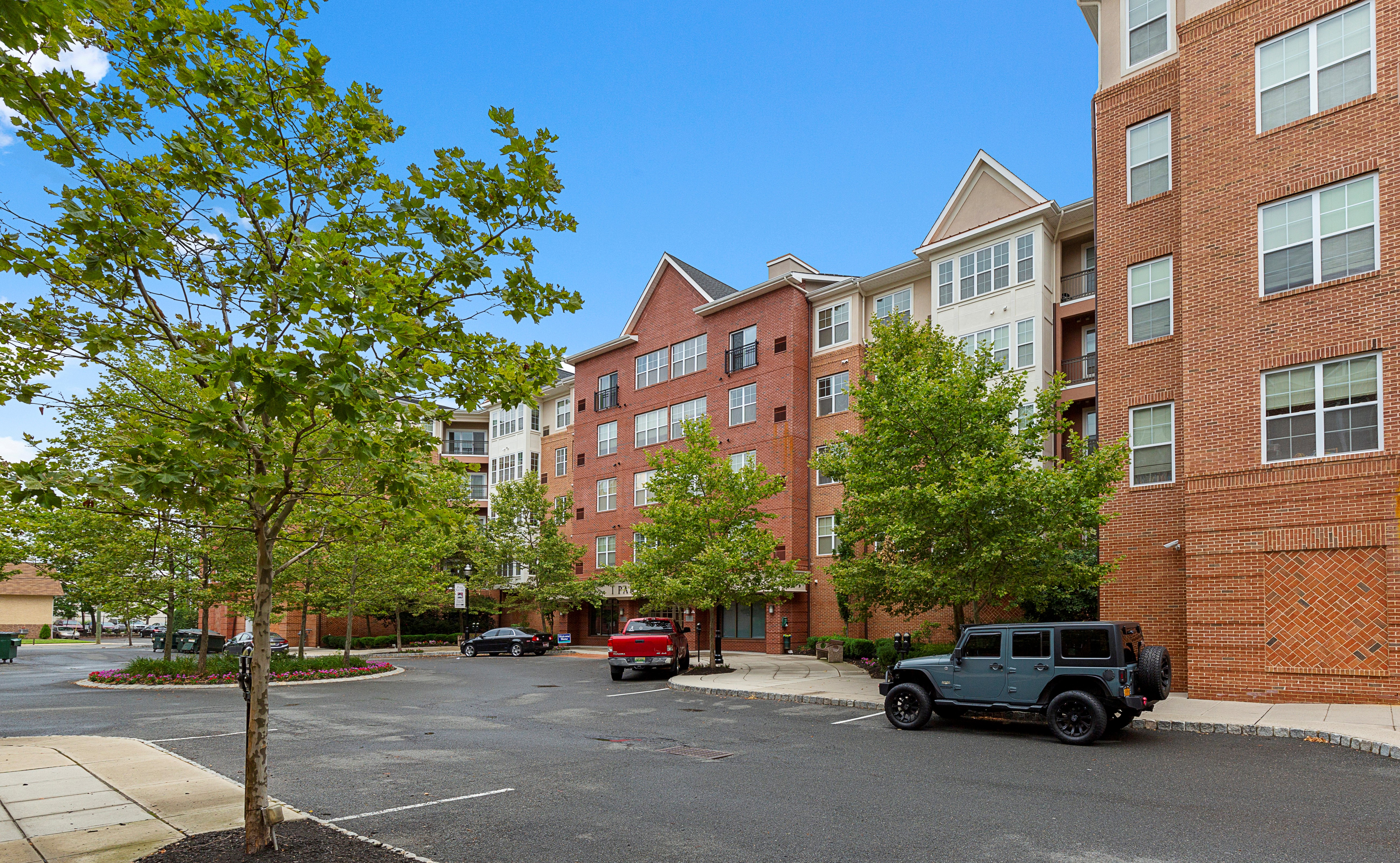 Luxury Apartments In Rahway Park Square By Onewall Onewall