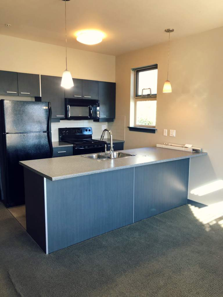 Nanaimo Townhouse for rent, click for more details...