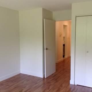Debaren Apartments