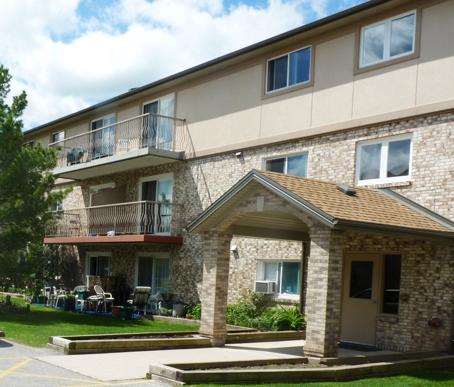 Apartment Buildings For Rent: Apartment For Rent Niagara Falls