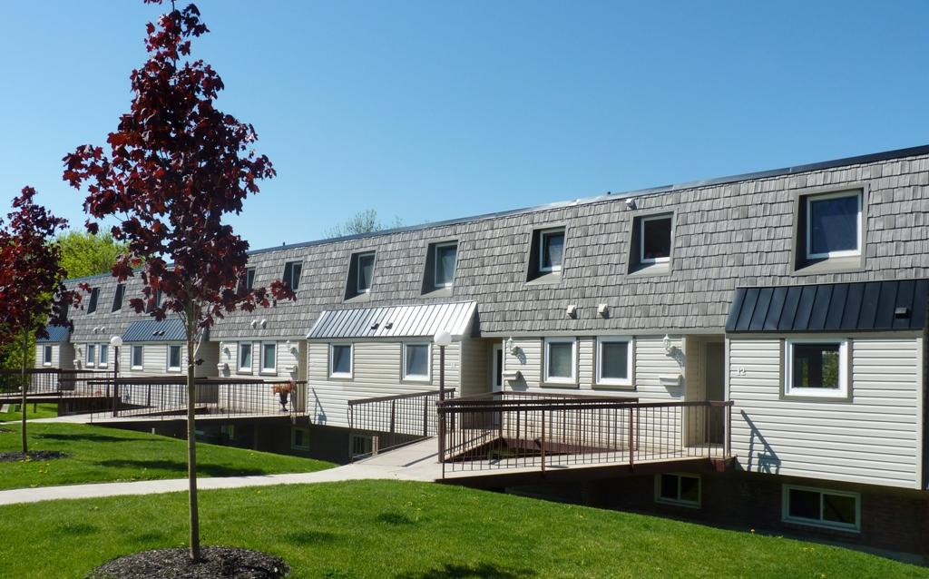St. Catharines Maison urbaine pour le loyer, cliquer pour plus de détails...