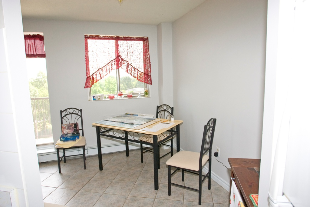 Wallaceburg Apartment for rent, click for more details...