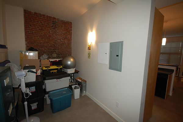 Dartmouth Apartment for rent, click for more details...
