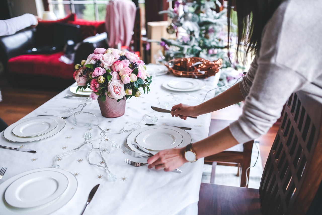 Post Image: Stress-Free Holiday Hosting