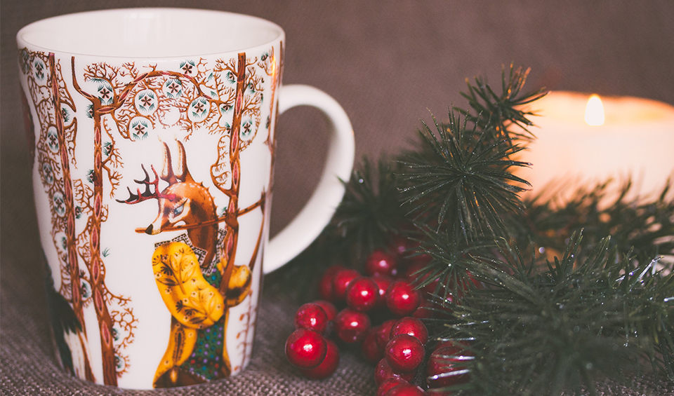 Post Image: Bring Winter into Your Apartment with These Cozy Scents