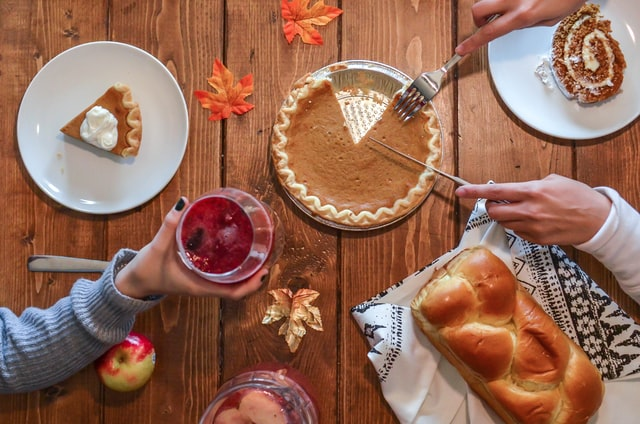 Post Image: Fall Decor: How to Bring the Season into your Apartment