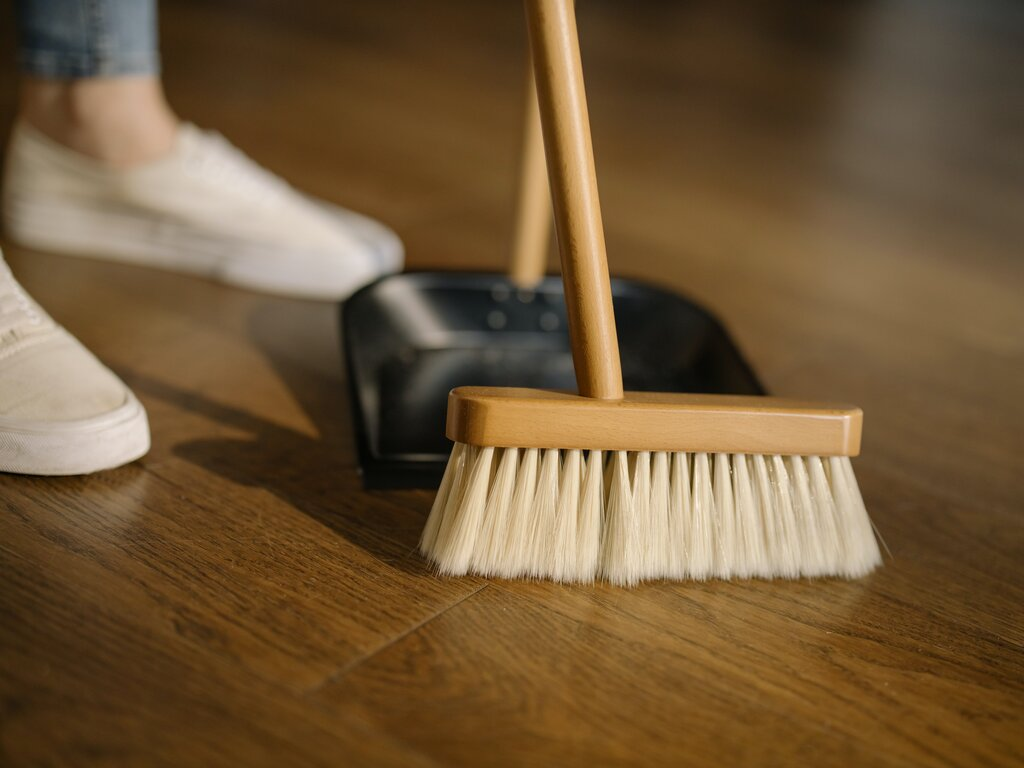 Post Image: 5 Spring Cleaning Tips for Apartment Residents