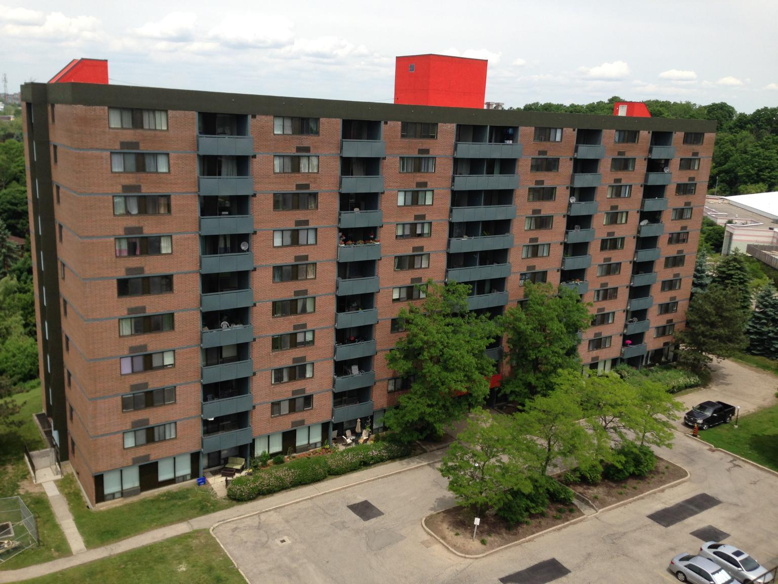 130 140 Lincoln Road Waterloo On Apartments For Rent Listing Id 269099