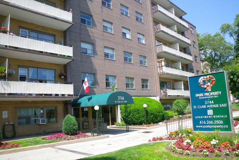 121, 131 Minerva Avenue, 3744 St. Clair Ave. E.