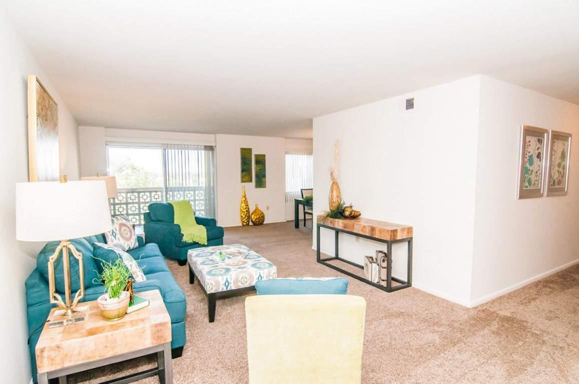Apartment Rentals in Dayton, Ohio | F&W Properties: Park Layne