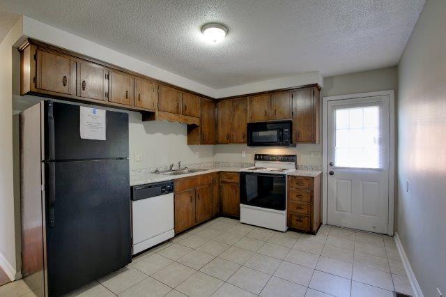 1432 McCan Drive Apartments Clarksville, TN