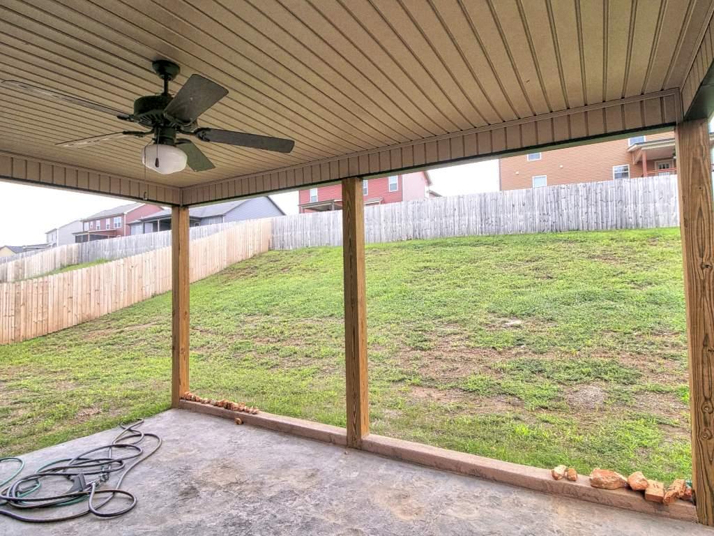 823 Crestone Lane Clarksville, TN