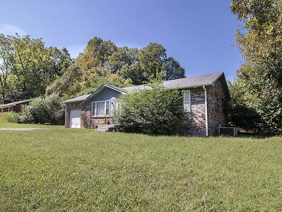 5034 Collinwood Drive Clarksville, TN