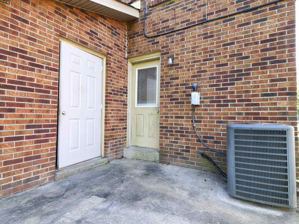 809 Golfview Drive Townhomes Clarksville, TN