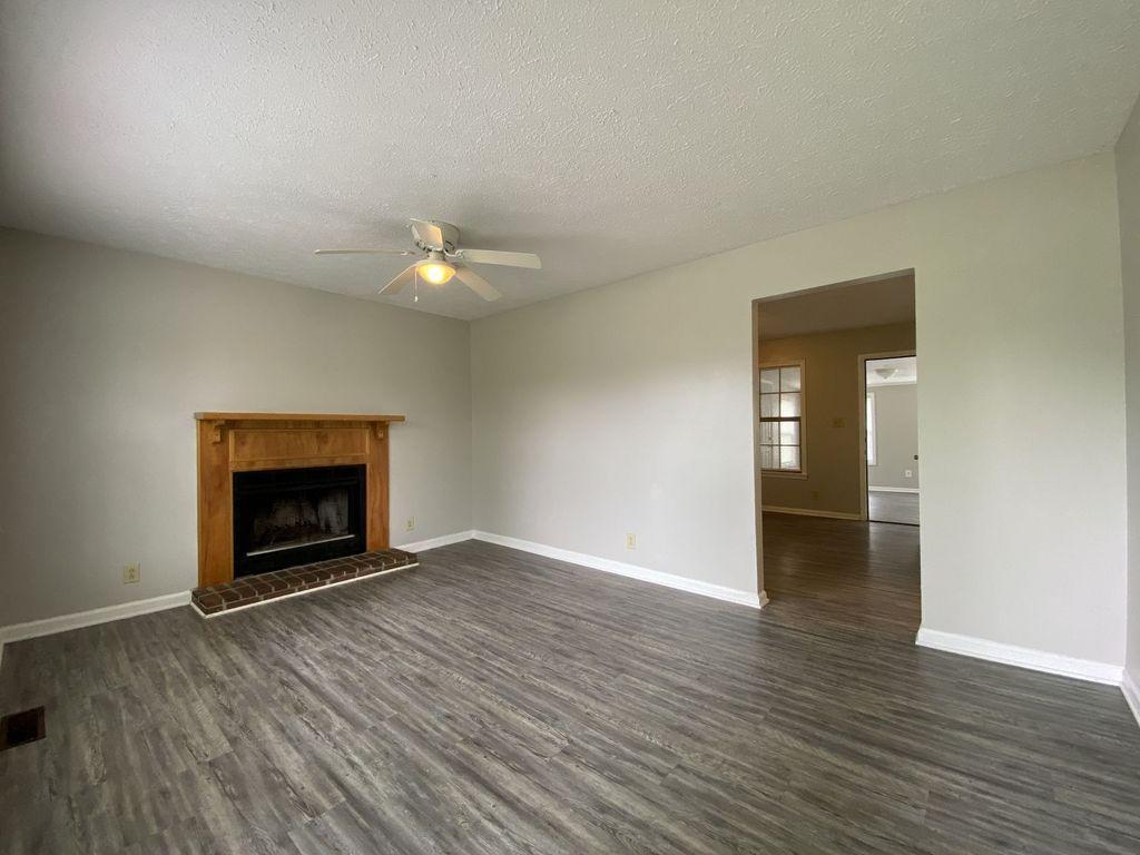 308 Atlantic Avenue Oak Grove, KY