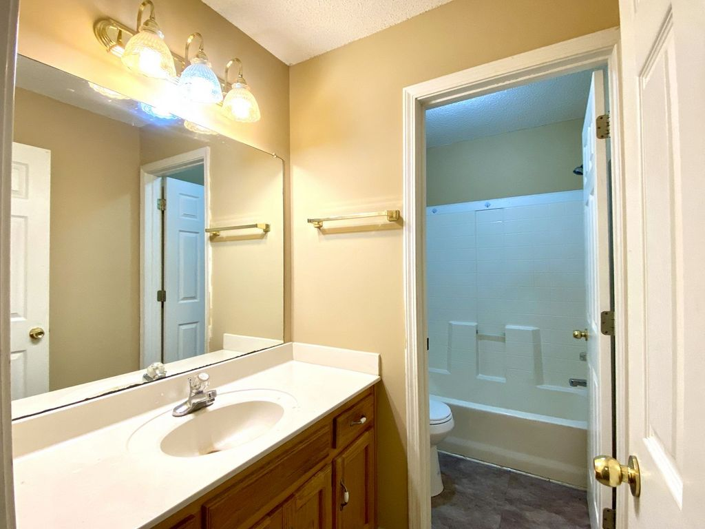 2107 Ringgold Court Townhomes #2 Clarksville, TN