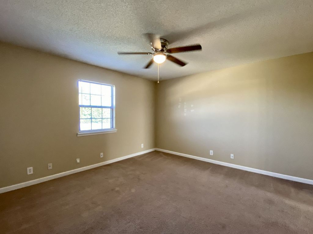 2550 Old Russellville Pike Townhomes #2 Clarksville, TN
