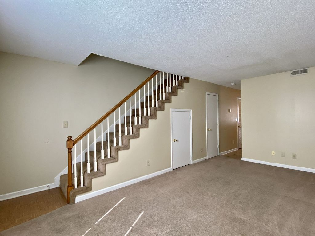 3279 Tower Drive Townhomes #10 Clarksville, TN