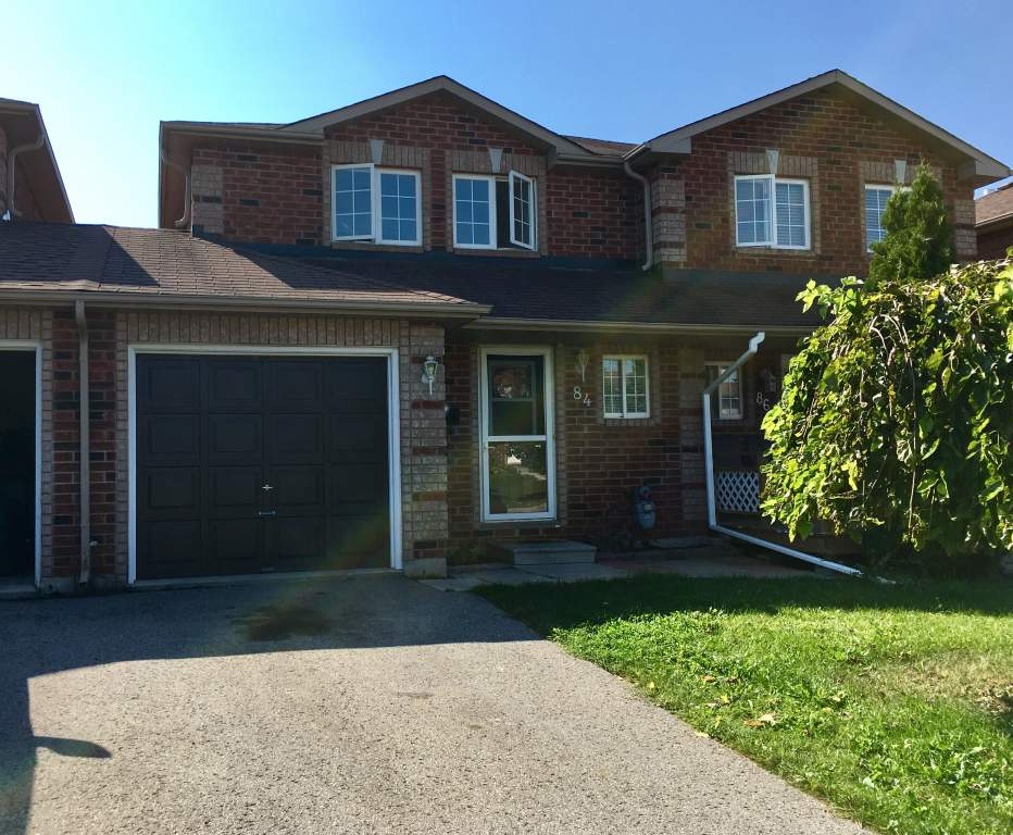Barrie 4 bedroom Townhouse