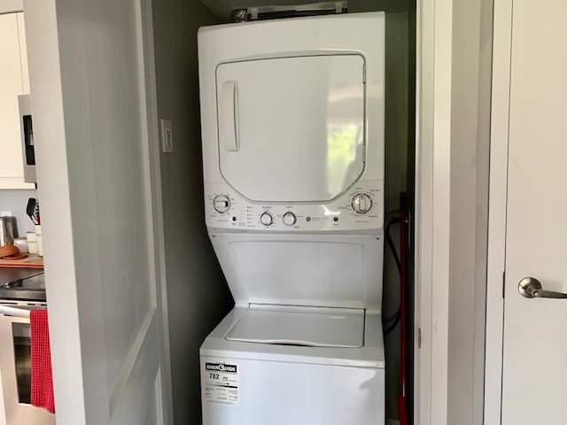 2 Bdrm Laundry