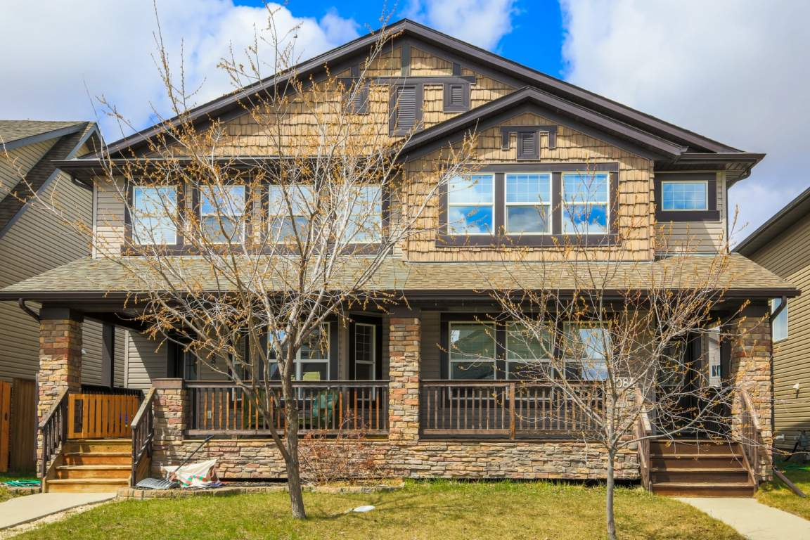 Airdrie Duplex for rent, click for more details...