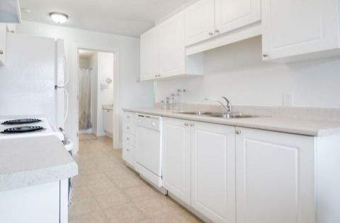 Edson Apartment for rent, click for more details...
