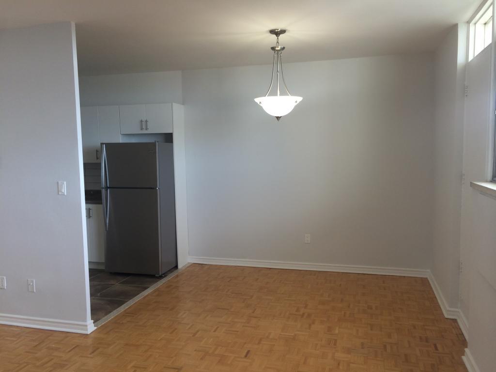 90 Eastdale Avenue, Preston Apartments