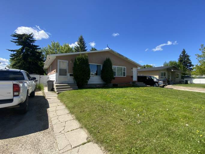9343 - 112A Ave - Lower Duplex