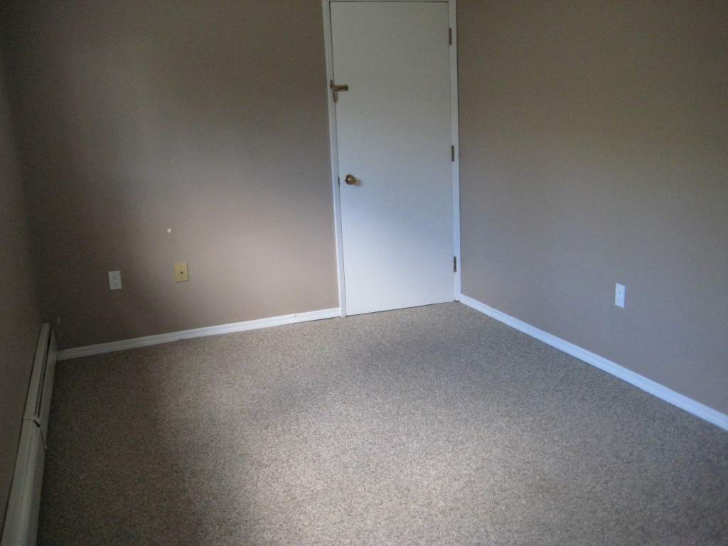 10302 106 Avenue - Lower Suite **50% OFF THE 1ST MONTHS RENT**