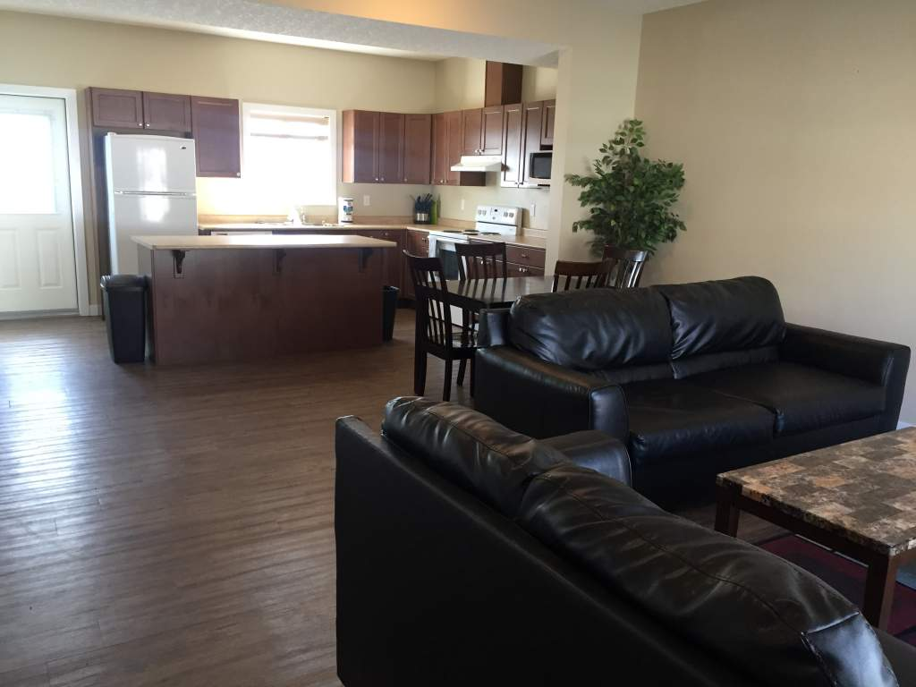 103, 9201 92A Street - Fully Furnished