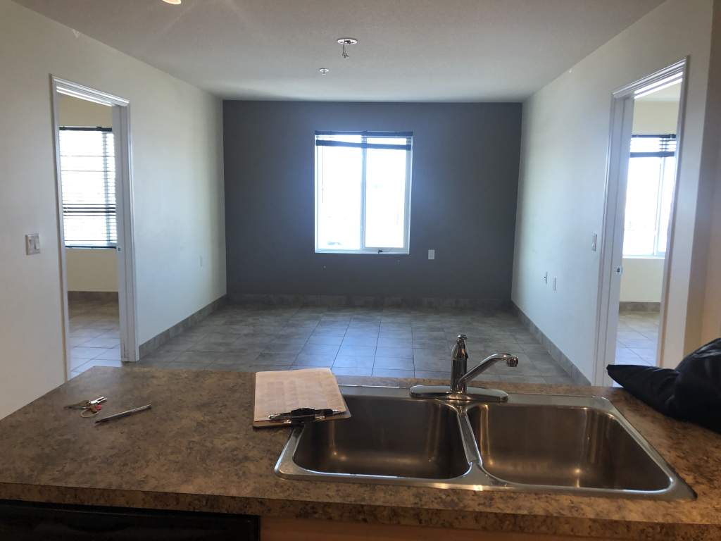 Cairn on the Boulevard - 2 Bedroom Suite **1ST & LAST MONTH RENT FREE ON A 12 MONTH LEASE**