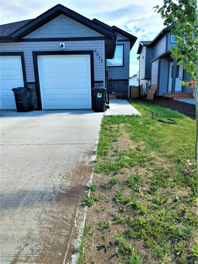 9511A 113 Avenue Clairmont - Upper Duplex
