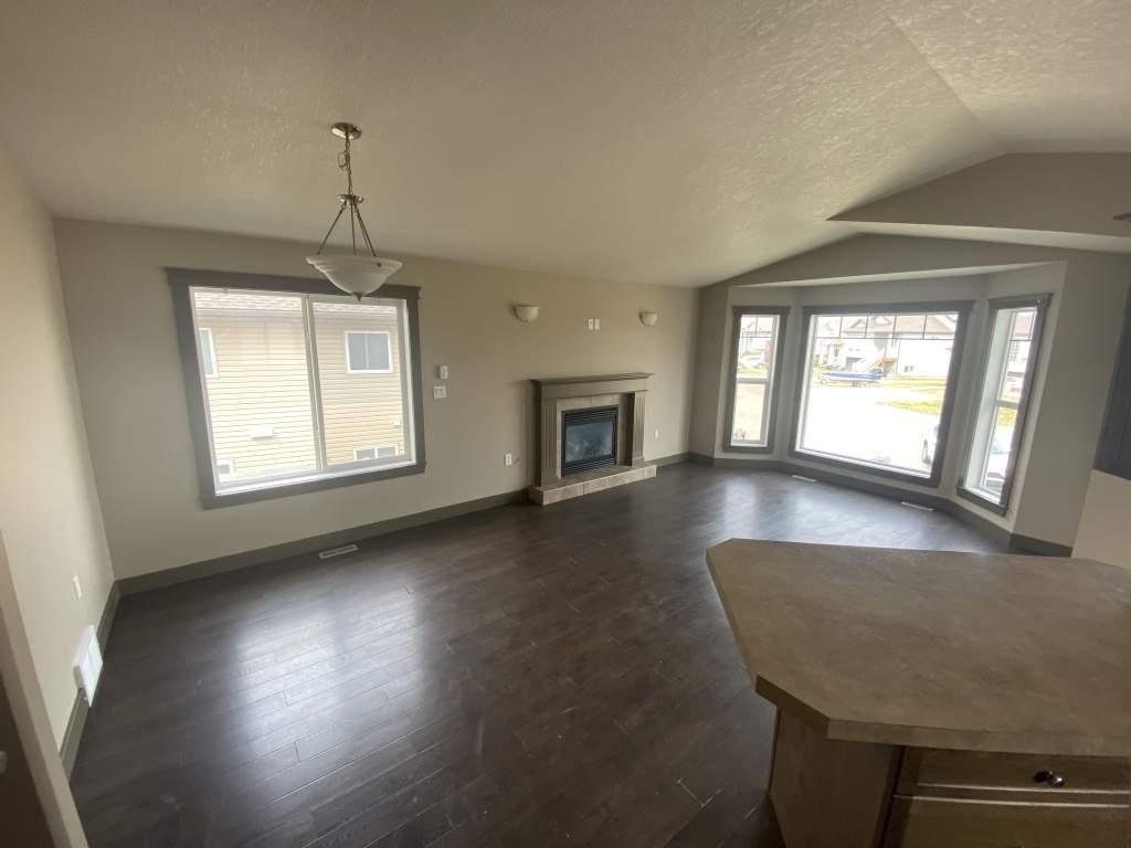 11513B 75 Avenue - Upper Duplex