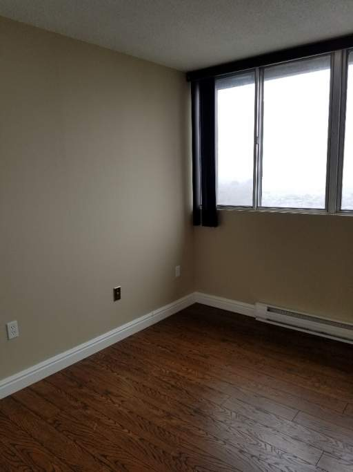 Laurier Condo-No Vacancies