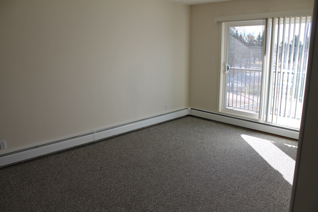Biggar Apartment for rent, click for more details...