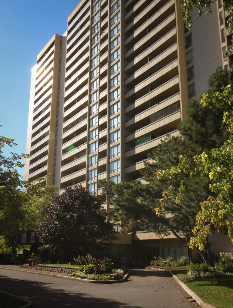 Maplegrove Apartments