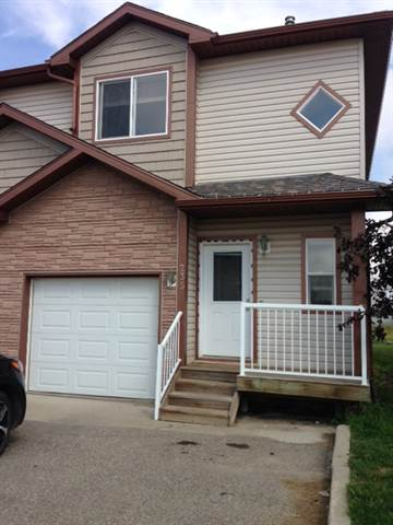 Grande Prairie Townhouse for rent, click for more details...