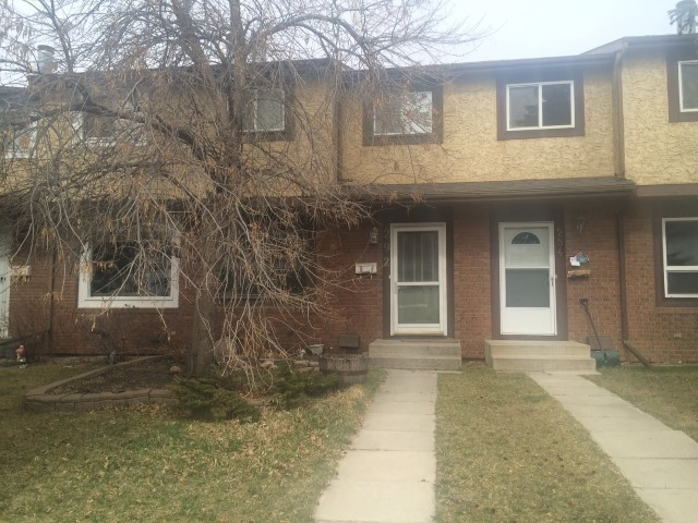Red Deer Alberta Townhouse for rent, click for details...