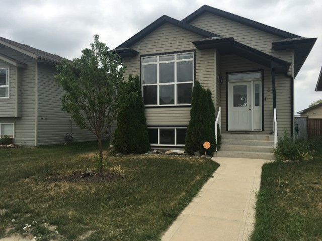Sylvan Lake Alberta House For Rent