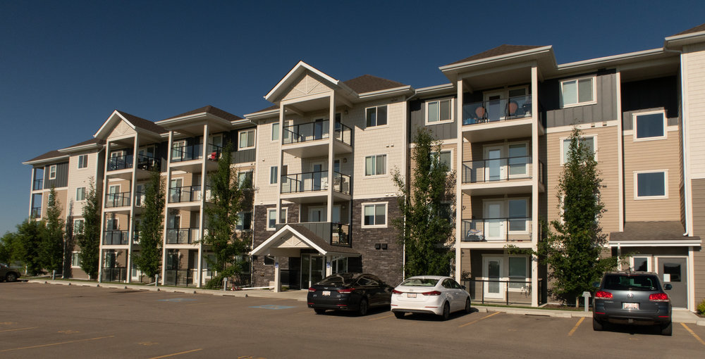Red Deer County Apartment for rent, click for more details...