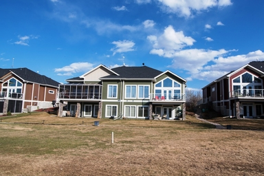 Home For Rent in  #340 51101 Range Rd 222, Sherwood Park, AB