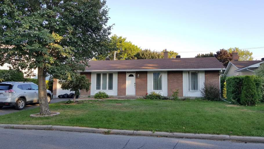 1346 Viking Drive Ottawa, ON K1V 7J7